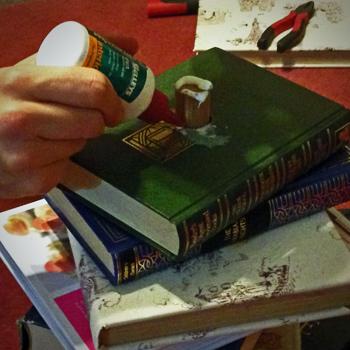 Gluing books