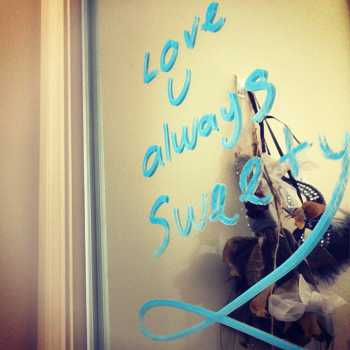 Romantic note written on mirror